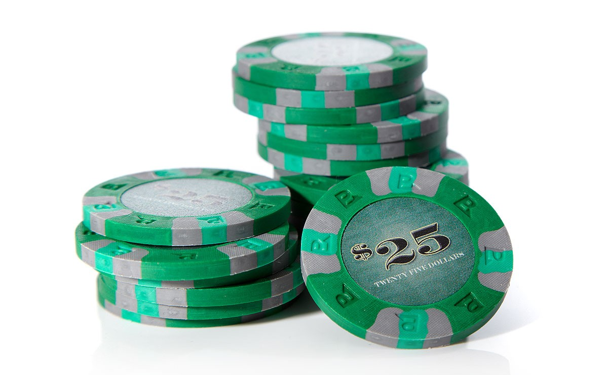 Classic games poker chips
